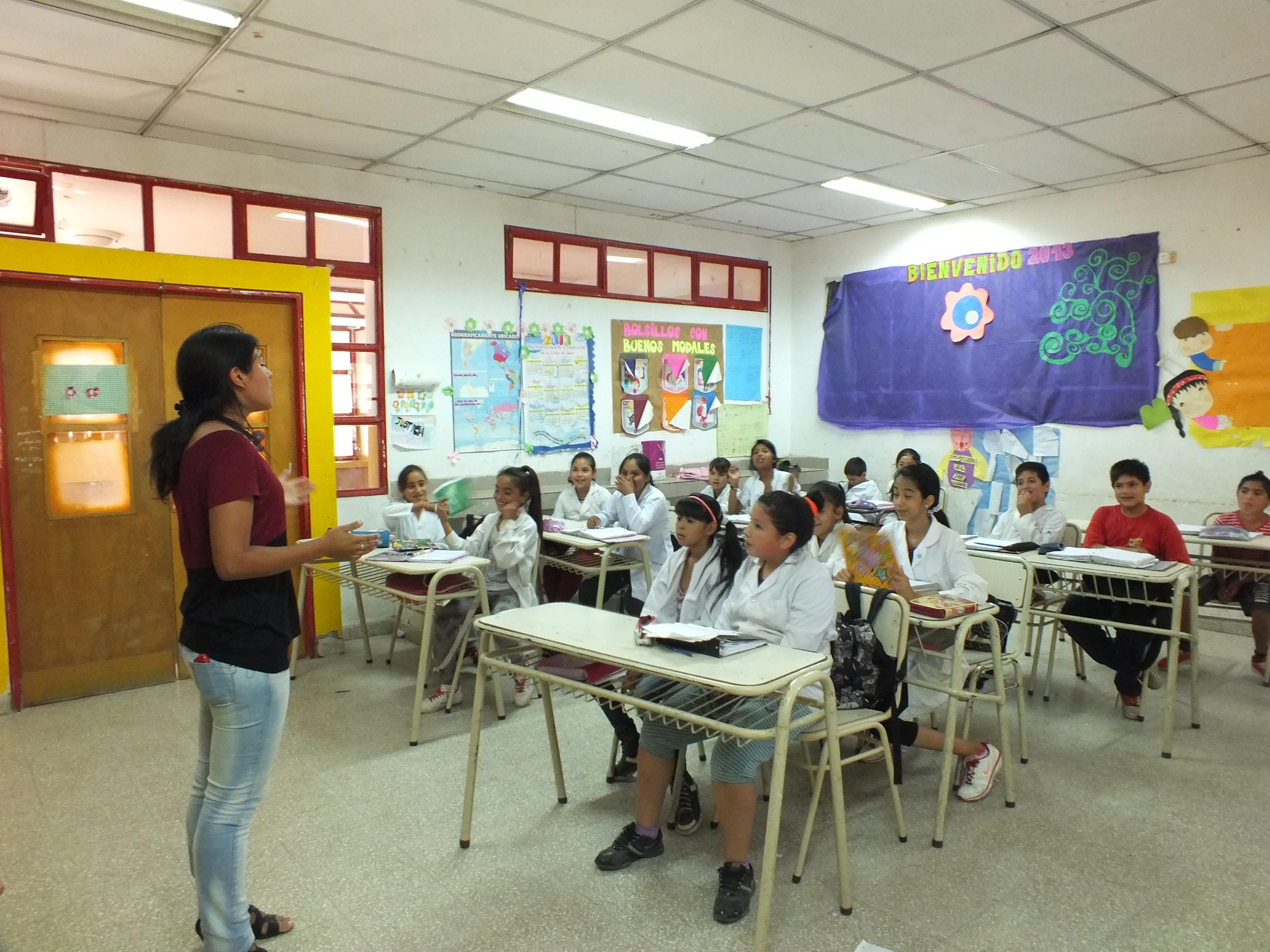 Children listen as a Projects Abroad Medicine intern teaches them about how to prevent common diseases in Argentina.